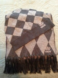 Girls Guess hat and scarf