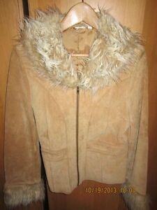 ladies suede jacket Kitchener / Waterloo Kitchener Area image 1