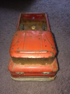VINTAGE 1960'S STRUCTO CORVAIR RAMPSIDE PICKUP TRUCK