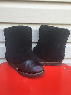 UGG AUSTRALIA WOMENS MAYLIN FUR CUFF BOOTS SHORT BLACK #1001761 SIZE 6 EUC! $290, used for sale  Salisbury
