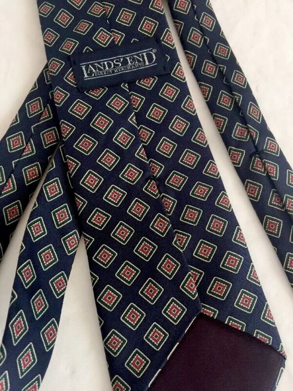 Classic LANDS END Silk Tie Blue Diamond Pattern 59L