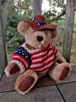 "Brass Button Pickford Bears Cody the United States Bear 9"" Bear of Friendship"