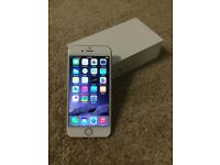 Apple IPhone 6 16gb Unlocked White & Gold Boxed with Charger Excellent condition Any Network Sim