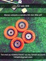 Skateboarding wheels Bering reds rouge inclus