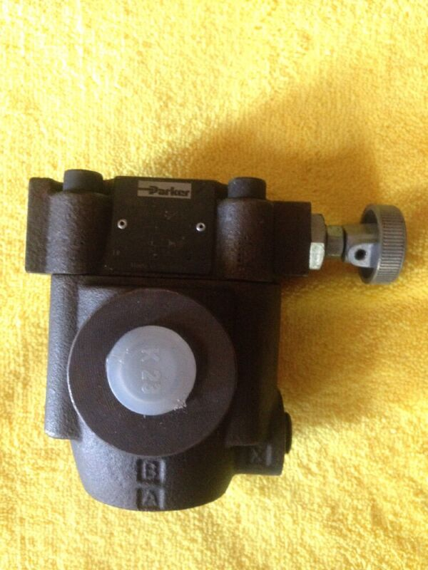 Parker R4V06 545 10 016-86487-0 Hydraulic Pressure reducing valve