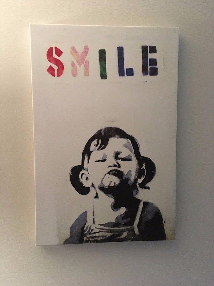 Banksy Smile graffiti