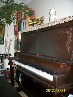 Piano Lessons in River Heights