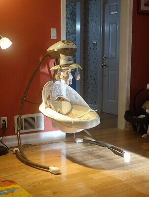 Fisher-Price Cradle 'N Swing w/ Smart Swing Technology Rocker Sleeper Baby Seat