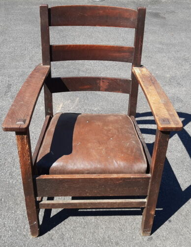 Oak Arts and Crafts Arm Chair with Original Insert Seat