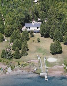 Lake Huron Waterfront Cottage - Bruce Peninsula