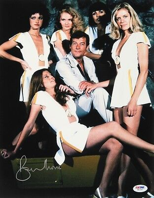 Roger Moore Signed 11X14 James Bond 007  Moonraker  Promo Photo W  Psa Dna Coa
