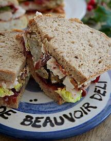 Full time sandwich maker
