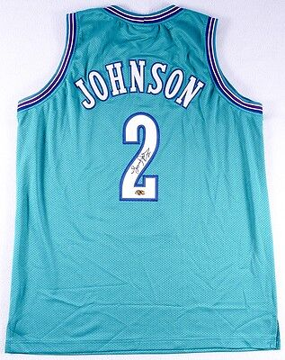 f910d955a6ef Larry Johnson Signed Charlotte Hornets Jersey (MAB COA)