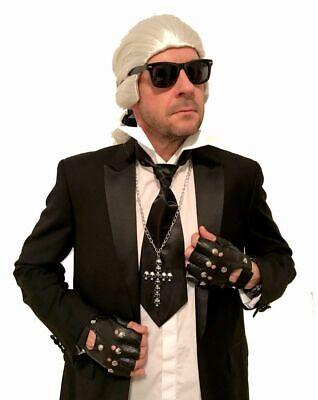 Karl Kostüm Zubehör Set Perücke Krawatte Brille Stehragen Handschuhe - Karl Lagerfeld Kostüm