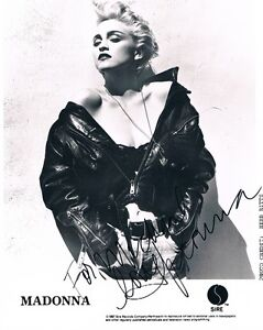 MADONNA-Signed-1987-Sire-Records-B-W-photo