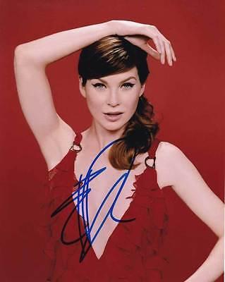 Ellen Pompeo In Person Authentic Autographed Photo Coa Sha  55451