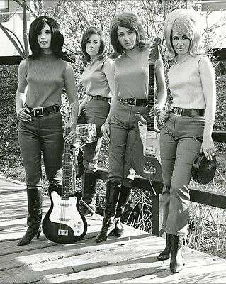 """Girls with Guitars 10"""" x 8"""" Photograph no 1"""