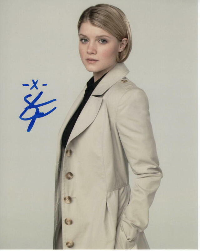 SARAH JONES SIGNED AUTOGRAPH 8X10 PHOTO - CUTE, FOR ALL MANKIND, DAMNATION A