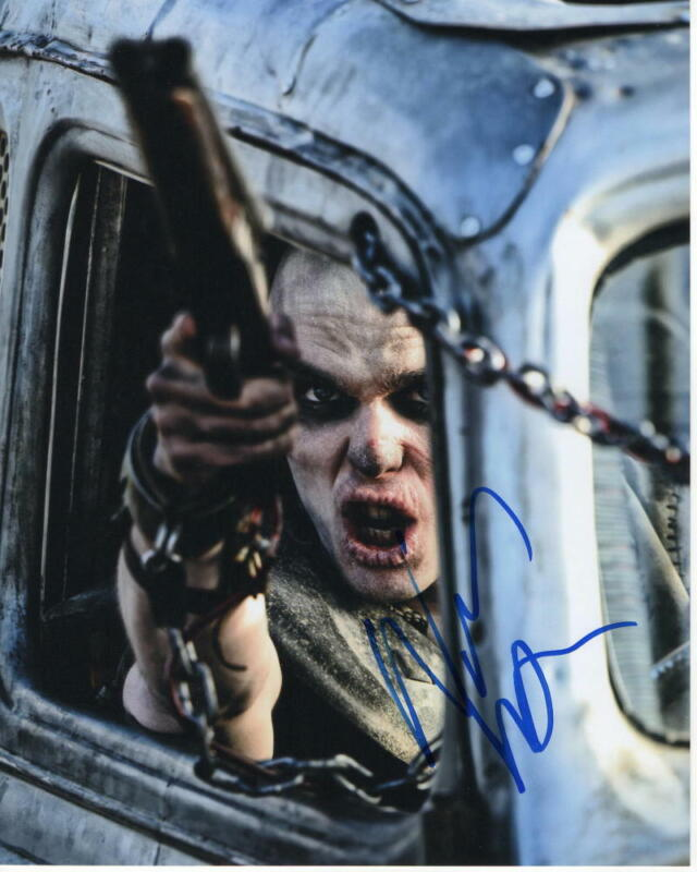 NICHOLAS HOULT SIGNED AUTOGRAPHED 8X10 PHOTO - MAD MAX: FURY ROAD STUD, TOLKIEN