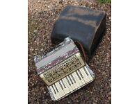 A Pablo Antonio 24 Bass Key 2 Octave Piano Accordion Needs A Little Attention