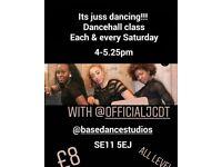 Dancehall fitness dance class