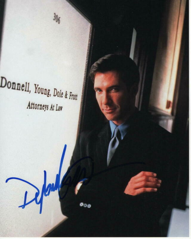 DYLAN MCDERMOTT SIGNED AUTOGRAPHED 8X10 PHOTO - THE PRACTICE STUD THE POLITICIAN