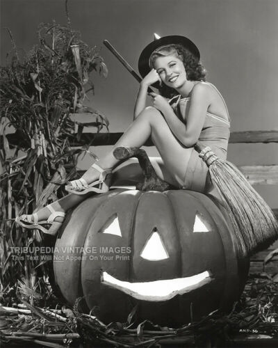 Vintage 1950s Old Hollywood HALLOWEEN PIN-UP Photo Actress ANNE NAGEL Sexy Witch