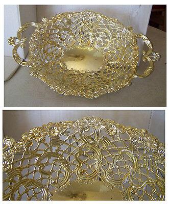 Schöne Schale aus Metall Muster Ornamente durchbrochen