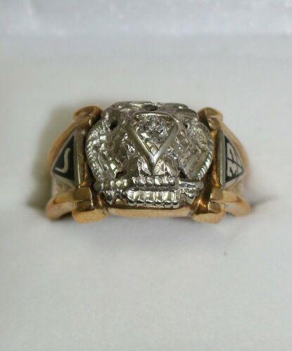 Vintage 10K Gold Scottish Rite 32 Masonic Ring with diamond #G345