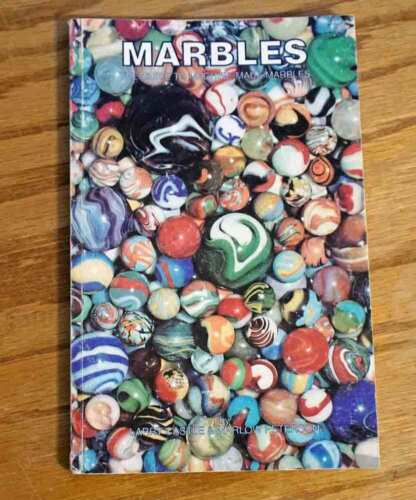 Marbles (The Guide To Machine Made Marbles) Larry Castle & Marlow Peterson 1992