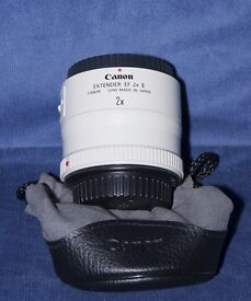 Canon EF 2 X Mk II Converter/Extender with Soft Pouch.