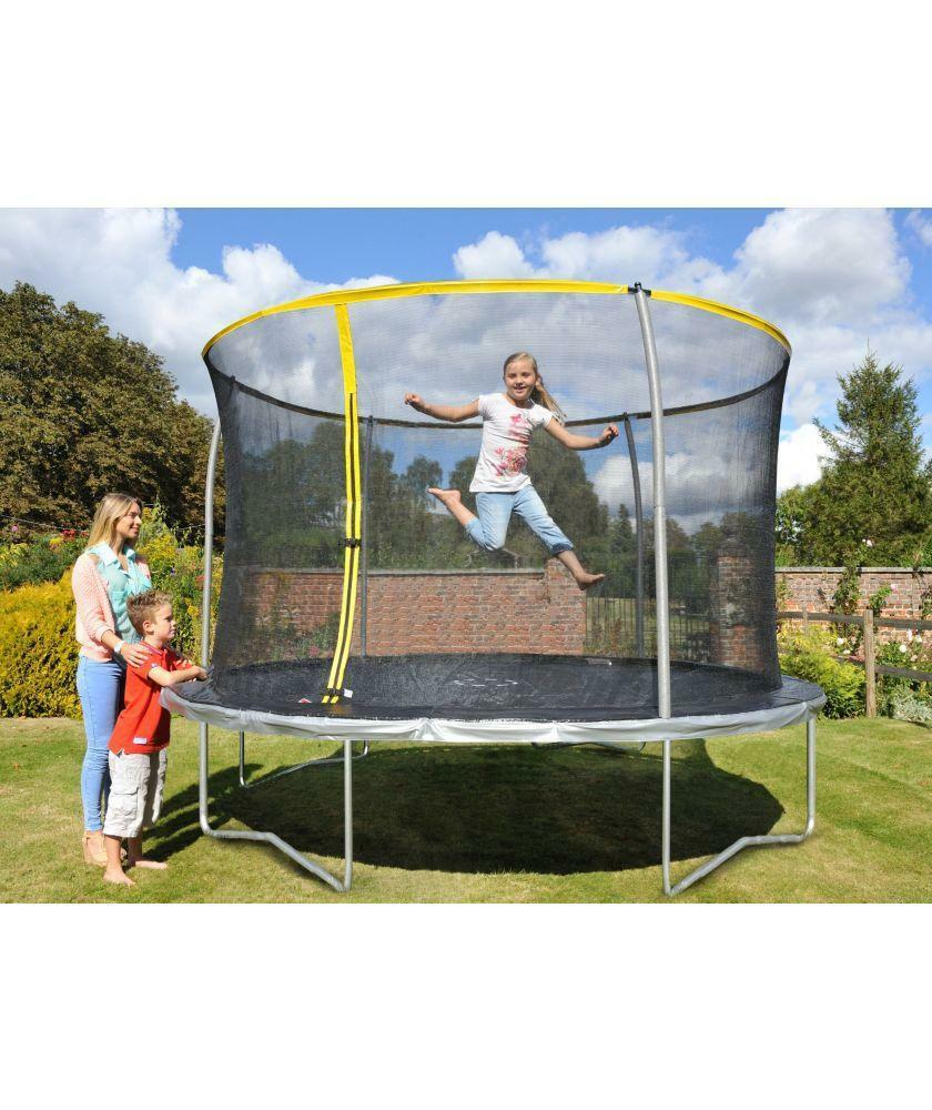 10 Ft Trampoline And Enclosure
