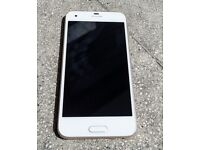 HTC ONE A9S 32 GB GOLD / WHITE 2 months old QUICK SELL