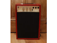 Vintage guitar amp with tremolo