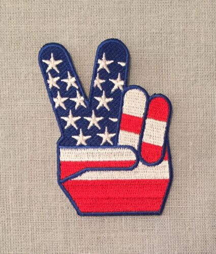 HAND PEACE SIGN AMERICAN FLAG Victory Embroidered Iron On PATCH Retro 70s Style