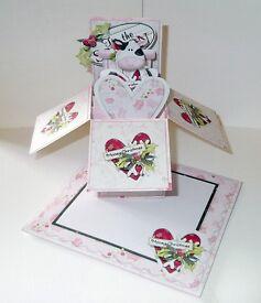 Mooey Christmas pop up box card