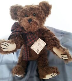 Jackson R Bearington by Boyds Bears - Retired with His Tags & Box - Mohair
