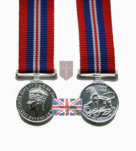 Official-1939-1945-Miniature-WW2-War-Medal-and-Ribbon-High-Quality