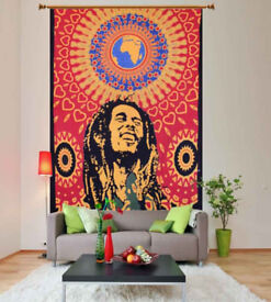 Decorate Big Blank Wall with Wall Hanging Tapestry