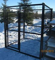 NEW-NEW   9'X9'X6' Heavy Duty Dog Kennels