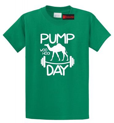 Pump Day WooHoo Funny T Shirt Workout Gym Camel Graphic (T-shirt Pumps)