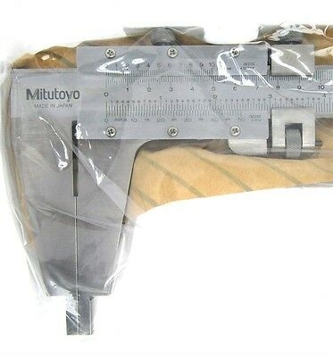 Mitutoyo 160-103 0-240-600mm Vernier Calipers New Item Old Stock.