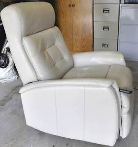 LA-Z-BOY Leather Lift Chair Holland Park West Brisbane South West Preview