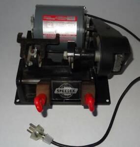 HPC Speedex 9160 Manual Locksmith Key Duplicator Cutting