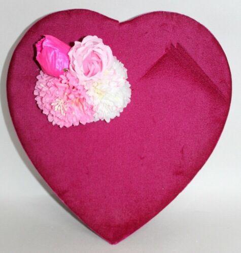 VINTAGE Valentines Heart CANDY BOX Red Velvet