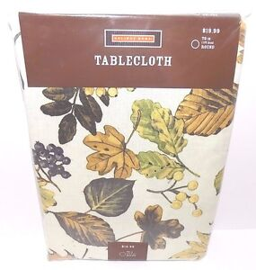 """Holiday Home Tablecloth Fall Leaves, 70"""" Round, 100% Polyester, NEW"""