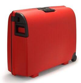Carlton Medium Suitcae Red