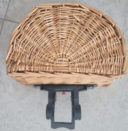 Charge Wicker Bicycle Basket Securely Mounts To The Handlebars Easily Detachable
