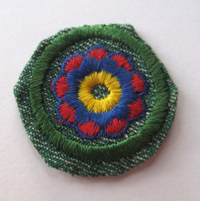 Vintage 1948-1955 Girl Scout DESIGN BADGE Interior Decorating Decoration Patch