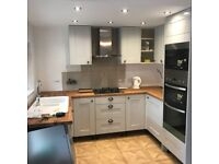 Professional Builders Available - PLASTERING, REFURBISHMENT, EXTENSIONS, LOFTS